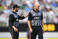 Kane Williamson and Seth Rance.<br /> Pakistan tour of New Zealand. T20 Series.2nd Twenty20 international cricket match, Eden Park, Auckland, New Zealand. Thursday 25 January 2018. &copy; Copyright Photo: Andrew Cornaga / www.Photosport.nz