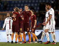 Calcio, Serie A: Roma vs Cagliari, Roma, stadio Olimpico, 22 gennaio 2017.<br /> Roma's players celebrate as Cagliari's players leave the pitch at the end of the Italian Serie A football match between Roma and Cagliari at Rome's Olympic stadium, 22 January 2017. <br /> UPDATE IMAGES PRESS/Isabella Bonotto