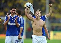 Fussball 1. Bundesliga :  Saison   2012/2013   8. Spieltag  20.10.2012 Borussia Dortmund - FC Schalke 04 Jubel nach dem Sieg Christoph Moritz und Lewis Holtby (v. li., FC Schalke 04)