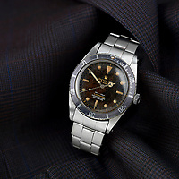 BNPS.co.uk (01202 558833)<br /> Fellows/BNPS<br /> <br /> An incredibly rare Rolex watch has emerged for sale at auction with specialists tipping it to fetch a whopping £45,000.<br /> <br /> The Rolex '4 Liner' dates back to 1962 and is among the most desirable time pieces out there for collectors.<br /> <br /> The beautifully aged model features a highly desirable 'spider dial', adding to the originality of the captivating timepiece.<br /> <br /> It is to go under the hammer with Fellows Auctioneers of Birmingham, who have described the watch as a 'standout piece'.