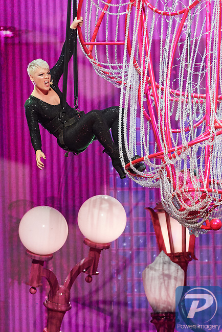 Pink performs at Tmobile Arena - May 26, 2018
