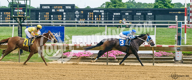 Three Beans winning at Delaware Park on 7/22/17