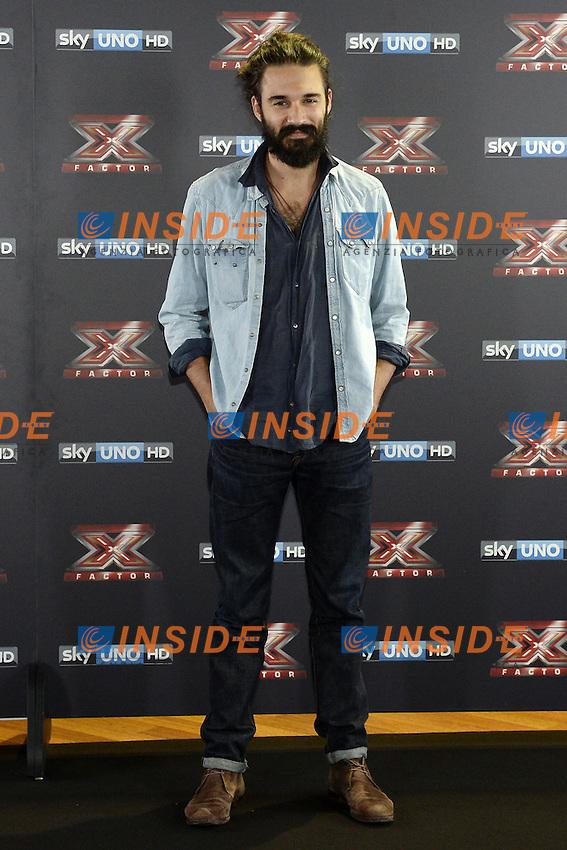 Db Milano 26/10/2016 - photocall trasmissione Tv 'X-Factor' / foto Daniele Buffa/Image/Insidefoto <br /> nella foto: Andrea Biagioni