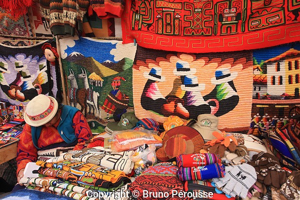 Amérique du Sud, Pérou, vallée sacrée des incas, marché de Pisac, artisanat//South America, Peru, sacred valley of the incas, Pisac market, handicraft