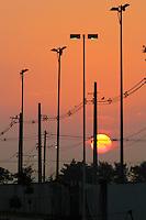 RIO DE JANEIRO; RJ; 27 DE JUNHO 2013-  A quinta-feira amanhece com céu claro e sol na Ilha do Fundão, na Cidade Universitária do Rio de Janeiro. FOTO: NÉSTOR J. BEREMBLUM - BRAZIL PHOTO PRESS.