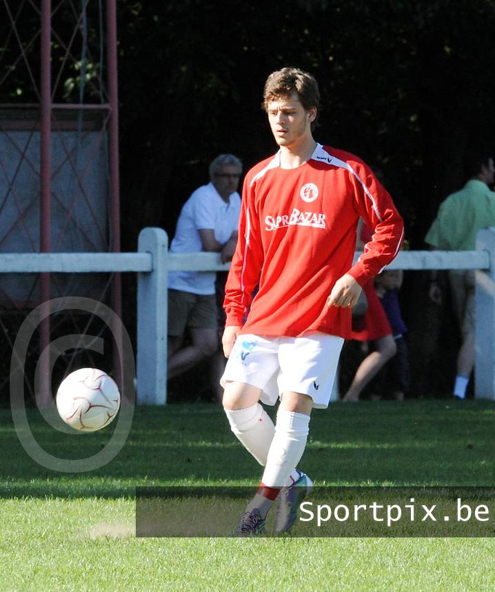 FC Gullegem : Thorgal Debeuf.foto VDB / BART VANDENBROUCKE
