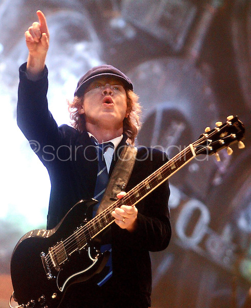 Tuesday, January 13, 2009--Angus Young, of AC/DC performs at the Scottrade Center..Sarah Conard | freelance
