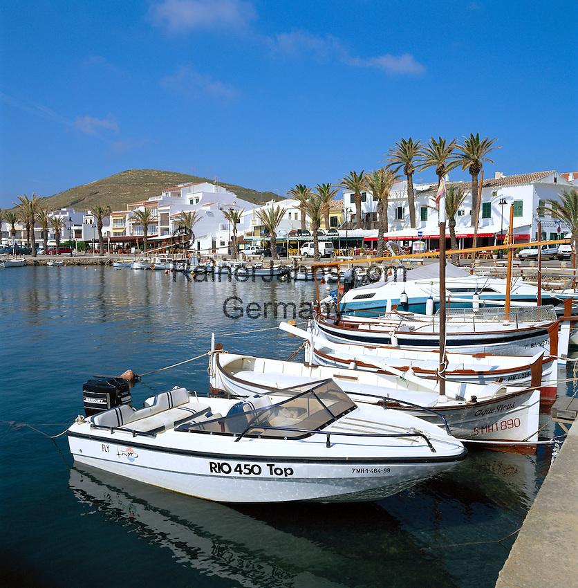 Spain, Balearic Islands, Menorca, Fornells: Harbour and Town in the North | Spanien, Balearen, Menorca, Fornells: Stadt und Hafen an der Bucht von Fornells im Norden
