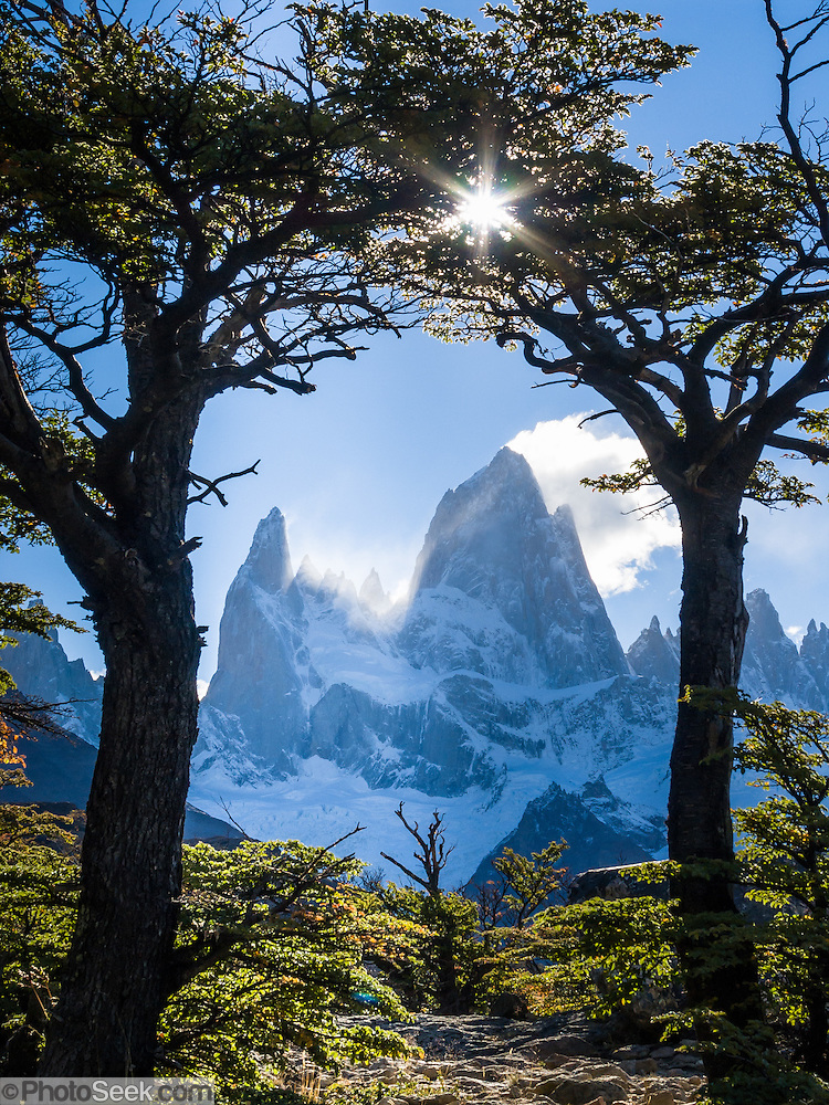 Patagonia South America >> Mount Fitz Roy, Andes mountains, Los Glaciares National ...