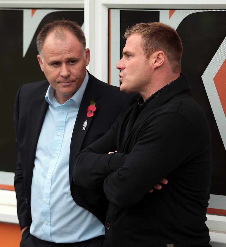 Blackpool manager Neil McDonald &amp; Bury manager David Flitcroft have a chat before the game<br /> <br /> Photographer David Shipman/CameraSport<br /> <br /> Football - The Football League Sky Bet League One - Bury v Blackpool - Saturday 31st October 2015 - Gigg Lane - Bury <br /> <br /> &copy; CameraSport - 43 Linden Ave. Countesthorpe. Leicester. England. LE8 5PG - Tel: +44 (0) 116 277 4147 - admin@camerasport.com - www.camerasport.com