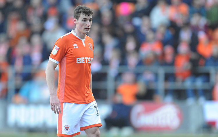 Blackpool's Matthew Virtue<br /> <br /> Photographer Kevin Barnes/CameraSport<br /> <br /> The EFL Sky Bet League One - Blackpool v Southend United - Saturday 9th March 2019 - Bloomfield Road - Blackpool<br /> <br /> World Copyright © 2019 CameraSport. All rights reserved. 43 Linden Ave. Countesthorpe. Leicester. England. LE8 5PG - Tel: +44 (0) 116 277 4147 - admin@camerasport.com - www.camerasport.com