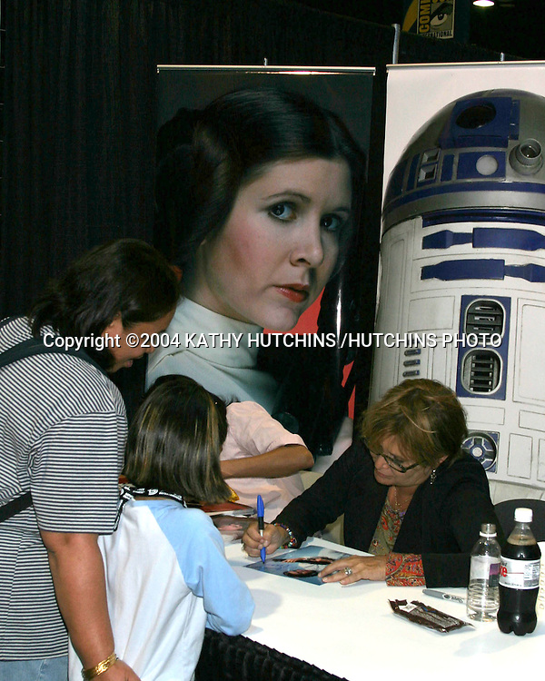 ©2004 KATHY HUTCHINS /HUTCHINS PHOTO.2004 COMICON CONVENTION.SAN DIEGO, CA.JULY 24, 2004..CARRIE FISHER.