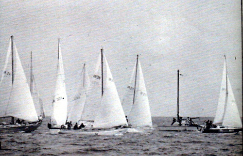 The first Round Ireland race start at Wicklow
