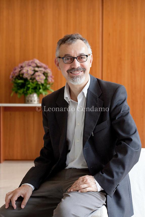 Paolo Di Stefano, Italian writer and jornalist. Torino, maggio 2011. © Leonardo Cendamo