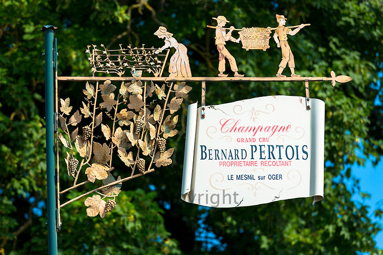 Champagne Grand Cru Bernard Pertois vigneron on the Champagne Tourist Route in the Marne, Champagne-Ardenne, France