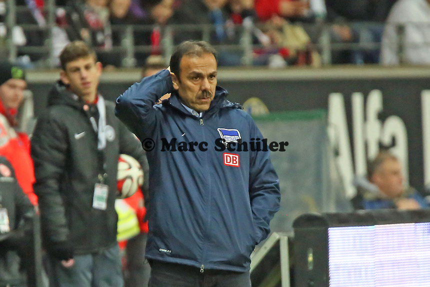 Trainer Jos Luhukay (Hertha) - Eintracht Frankfurt vs. Hertha BSC Berlin, Commerzbank Arena