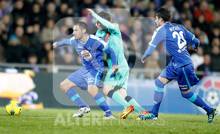 Getafe's Mehdi Lacen during La Liga match. November 27, 2011. (ALTERPHOTOS/Alvaro Hernandez)
