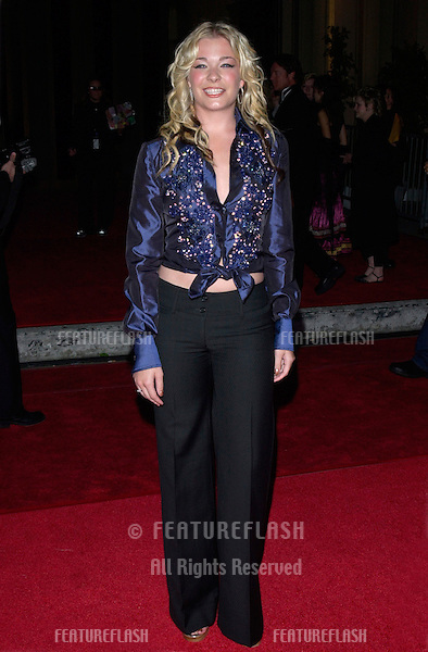 Pop star LEANN RIMES at the 2001 Blockbuster Awards in Los Angeles..10APR2001.   © Paul Smith/Featureflash