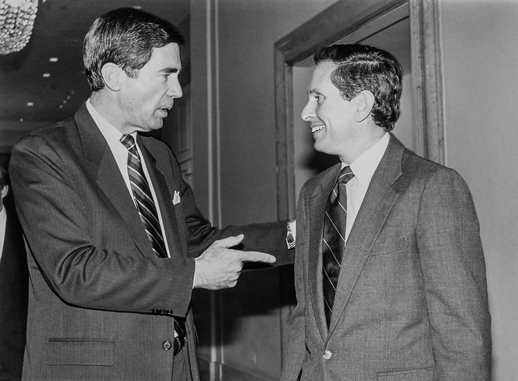 Sen. Chuck Robb, D-Va., and Rep. Stephen J. Solarz, D-N.Y, at National Democratic Institute Award Dinner, on March 11, 1991. (Photo by Laura Patterson/CQ Roll Call)