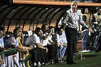 SÃO PAULO,SP,13 MARÇO 2013 - COPA LIBERTADORES AMÉRICA 2013 - CORINTHIANS (Bra) x THIJUANA (MEX) - O tecnico  Tite do Corinthians durante partida Corinthians x Thijuana válido pela 4º rodada da Copa Libertadore América 2013 no Estádio Paulo Machado de Carvalho (Pacaembu) na noite desta quarta feira (13).FOTO ALE VIANNA - BRAZIL PHOTO PRESS.