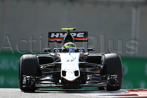 25.11.2016. Abu Dhabi, UAE. Formula 1 Grand Prix of Abu Dhabi. Free Practise.  Sahara Force India VJM09 - Sergio Perez