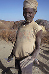 Gold mining (dry panning) on the plains of Northern Turkana.