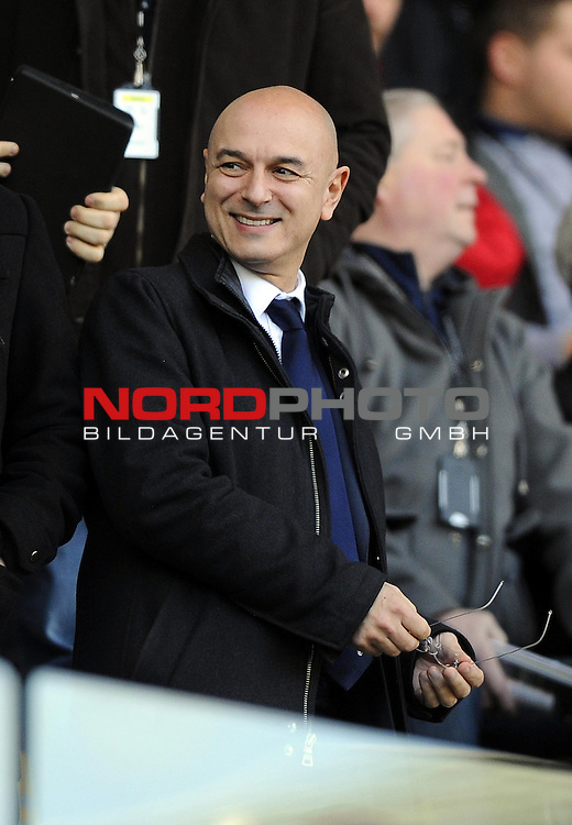 Tottenham Hotspur Chairman, Daniel Levy is all smiles -   19/01/2014 - SPORT - FOOTBALL - Liberty Stadium - Swansea - Swansea City v Tottenham Hotspur - Barclays Premier League<br /> Foto nph / Meredith<br /> <br /> ***** OUT OF UK *****