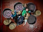 Salquenen Octobre 28, 2016, Diego Mathier Cave suisse de l'année avec ses filles  Vanja, Larissa, Sarah, Anna, Rahel, sur la dernière vendange. © sedrik nemeth