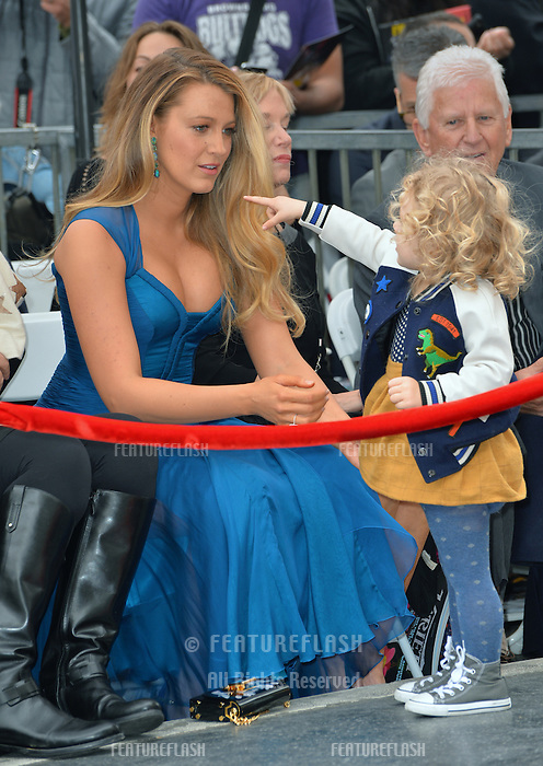 Actress Blake Lively &amp; daughter James Reynolds (2) at the Hollywood Walk of Fame Star Ceremony honoring actor Ryan Reynolds.<br /> Los Angeles, CA. <br /> December 15, 2016<br /> Picture: Paul Smith/Featureflash/SilverHub 0208 004 5359/ 07711 972644 Editors@silverhubmedia.com