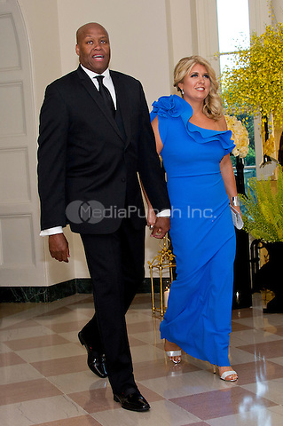 Craig Robinson, College Basketball Analyst, ESPN and Kelly Robinson arrive for the State Dinner honoring Prime Minister Lee Hsien Loong of the Republic of Singapore at the White House in Washington, DC on Tuesday, August 2, 2016.<br /> Credit: Ron Sachs / Pool via CNP/MediaPunch