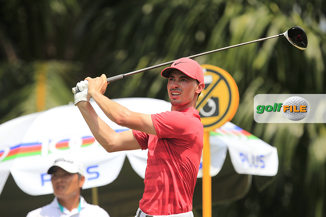 Paul Peterson (USA) in action on the 5th during Round 1 of the Maybank Championship at the Saujana Golf and Country Club in Kuala Lumpur on Thursday 1st February 2018.<br /> Picture:  Thos Caffrey / www.golffile.ie<br /> <br /> All photo usage must carry mandatory copyright credit (© Golffile | Thos Caffrey)