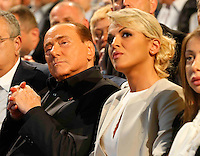 Manifestazione elettorale di Forza Italia a sostegno del candidato sindaco del centrodestra nelle prossime elezioni amministrative<br /> Francesca Pascale e Silvio Berlusconi