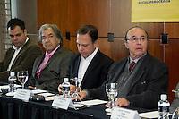 SAO PAULO, SP - 20.07.2016 - ELEI&Ccedil;OES-SP-2016 - O pr&eacute;-candidato &agrave; prefeitura de S&atilde;o Paulo, Jo&atilde;o D&oacute;ria acompanhado do vice-presidente do PTC, Ciro Moura, Secret&aacute;rio Estadual Faria Lima (PSDB) e do Deptuado Federal, Bruno Covas (PSDB) durante evento de apoio do PTC &agrave; Jo&atilde;o D&oacute;ria como canditado &agrave; prefeitura de S&atilde;o Paulo na tarde desta quarta-feira (20) no World Trade Center (WTC) na zona sul de S&atilde;o Paulo. Durante o evento o partido PTC anuncia o apoio &agrave; candidatura de D&oacute;ra para prefeito de S&atilde;o Paulo.<br /> <br /> (Foto: Fabricio Bomjardim / Brazil Photo Press)