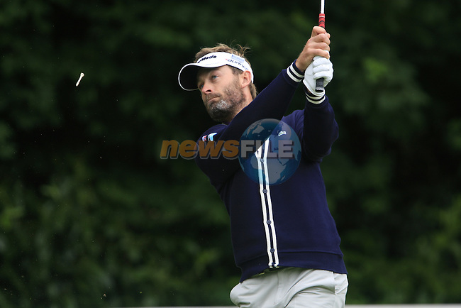 Raphael Jacquelin (FRA) tees off on the par3 2nd tee during the Final Day of the BMW PGA Championship Championship at, Wentworth Club, Surrey, England, 29th May 2011. (Photo Eoin Clarke/Golffile 2011)