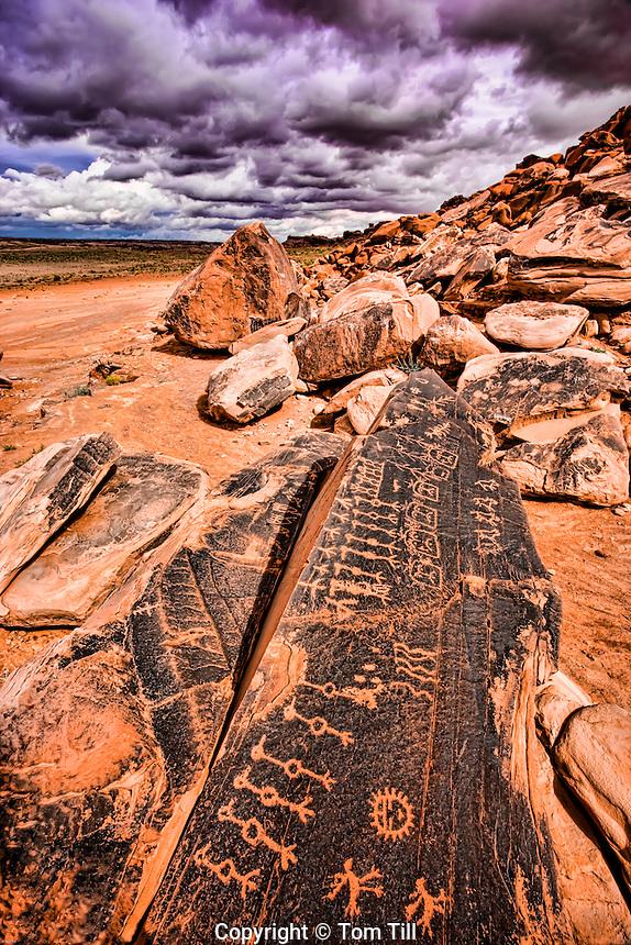 Petroglyphs on Navajo Reservation, Colorado Plateau, Arizona, Hopi culture symbols, clan symbols
