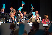 """5. Bundesparteitag der rechtspopulistischen Partei """"Alternative fuer Deutschland"""", AfD, in Stuttgart.<br /> Die Partei will auf dem Parteitag ein Parteiprogramm beschliessen.<br /> Im Bild vlnr.: Joerg Meuthen, Landesvorsitzender Baden-Wuertemberg; Albrecht Glaser, AfD-Kandidat zur Wahl des Bundespraesidenten. Der stellvertretende AfD-Sprecher Glaser ist ehemaliges CDU-Mitglied und war als Stadtkaemmerer in Frankfurt verwickelt in umstrittene Fondgeschaefte; Alexander Gauland, stellvertretender Parteivorsitzender und Fraktionsvorsitzender der AfD im Brandenburgischen Landtag und Beatrix Amelie Ehrengard Eilika von Storch, Europaabgeordnete und stellvertretende Parteivorsitzende.<br /> 30.4.2016, Stuttgart<br /> Copyright: Christian-Ditsch.de<br /> [Inhaltsveraendernde Manipulation des Fotos nur nach ausdruecklicher Genehmigung des Fotografen. Vereinbarungen ueber Abtretung von Persoenlichkeitsrechten/Model Release der abgebildeten Person/Personen liegen nicht vor. NO MODEL RELEASE! Nur fuer Redaktionelle Zwecke. Don't publish without copyright Christian-Ditsch.de, Veroeffentlichung nur mit Fotografennennung, sowie gegen Honorar, MwSt. und Beleg. Konto: I N G - D i B a, IBAN DE58500105175400192269, BIC INGDDEFFXXX, Kontakt: post@christian-ditsch.de<br /> Bei der Bearbeitung der Dateiinformationen darf die Urheberkennzeichnung in den EXIF- und  IPTC-Daten nicht entfernt werden, diese sind in digitalen Medien nach §95c UrhG rechtlich geschuetzt. Der Urhebervermerk wird gemaess §13 UrhG verlangt.]"""