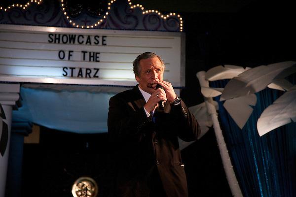 George W. Bush impersonator sings karaoke