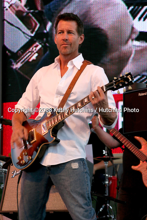 "James Denton.""Band From TV"" Netflix Live! on Location Concert.Autry Museum in Griffith Park.Los Angeles, CA.August 9, 2008.©2008 Kathy Hutchins / Hutchins Photo...."