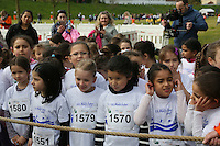 Kinder des Jahrgangs 2009/10 warten am Start