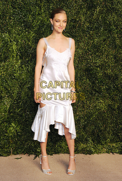 NEW YORK, NY - NOVEMBER 2: Actress Amanda Seyfried attends the 12th annual CFDA/Vogue Fashion Fund Awards at Spring Studios on November 2, 2015 in New York . <br /> CAP/MPI/STV<br /> &copy;STV/MPI/Capital Pictures