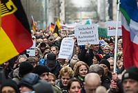 """Ca. 800 Menschen folgten am Samstag den 17. Februar 2018 in Berlin dem Aufruf der AfD-Frau Leyla Bilge zu einem sog. """"Marsch der Frauen"""". Sie demonstrierten gegen Zuwanderung und Fluechtlinge, die """"nur nach Deutschland kommen um hier Frauen zu schaenden"""" so einige Teilnehmer.<br /> Der rechte Aufmarsch wurde nach 750 Metern durch Strassenblockaden von ca. 2.000 Menschen gestoppt. Leyla Bilge weigerte sich als Anmelderin drei Stunden lang den blockierten  Aufmarsch zu beenden und forderte von der Polizei die Blockaden zu raeumen. Ein Raeumungsversuch der Polizei scheiterte, da es zu viele Menschen waren, die auf der Strasse sassen.<br /> Nach drei Stunden beendete Bilge den Aufmarsch. Die Demosntranten, unter ihnen etliche Neonazis, sog. """"Identitaere"""" und AfD-Politiker zogen darauf ab und griffen dabei Gegendemosntranten und Polizeibeamte an. Mehrere Personen wurden festgenommen. Ein Teil fuhr zum Kanzleramt, dem urspruenglichen Ziel des Aufmarsches. <br /> 17.2.2018, Berlin<br /> Copyright: Christian-Ditsch.de<br /> [Inhaltsveraendernde Manipulation des Fotos nur nach ausdruecklicher Genehmigung des Fotografen. Vereinbarungen ueber Abtretung von Persoenlichkeitsrechten/Model Release der abgebildeten Person/Personen liegen nicht vor. NO MODEL RELEASE! Nur fuer Redaktionelle Zwecke. Don't publish without copyright Christian-Ditsch.de, Veroeffentlichung nur mit Fotografennennung, sowie gegen Honorar, MwSt. und Beleg. Konto: I N G - D i B a, IBAN DE58500105175400192269, BIC INGDDEFFXXX, Kontakt: post@christian-ditsch.de<br /> Bei der Bearbeitung der Dateiinformationen darf die Urheberkennzeichnung in den EXIF- und  IPTC-Daten nicht entfernt werden, diese sind in digitalen Medien nach §95c UrhG rechtlich geschuetzt. Der Urhebervermerk wird gemaess §13 UrhG verlangt.]"""