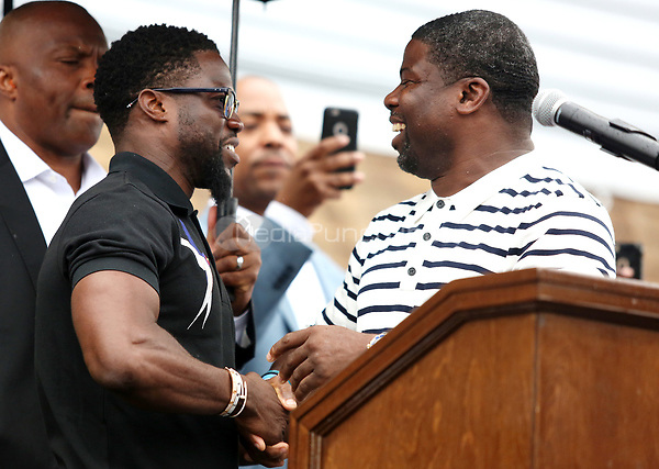 PHILADELPHIA, PA - JULY 6 :  Kevin Hart pictured with his older brother, Robert Hart at Kevin Hart Day and birthday celebration and mural dedication in front of Max's Steaks in Philadelphia, Pa on July 6, 2017  photo credit  Star Shooter/MediaPunch