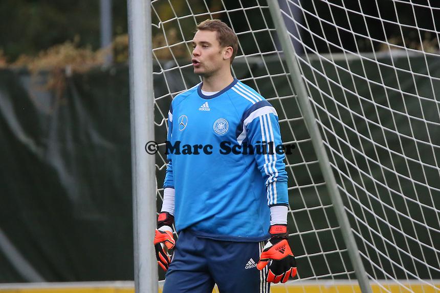 Manuel Neuer - Training der Deutschen Nationalmannschaft in Frankfurt