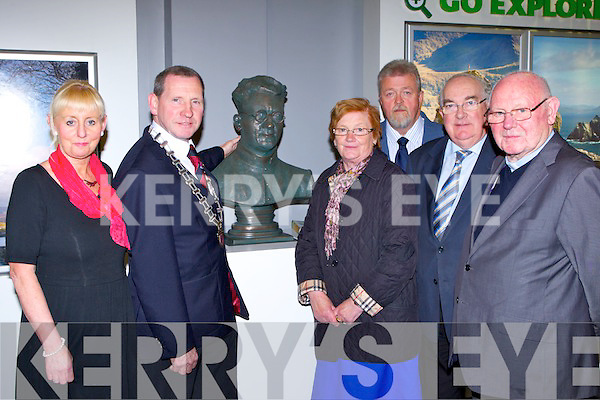 Killarney Mayor Paddy Courtney unvailed the bust of Monsignor Hugh O'Flaherty in the Failte Ireland Tourism office in Killarney Monday evening l-r: Rene Dooley, Mayor Paddy Courtney, Pearl Dineen, Tom O'Grady, Senator Paul Coughlan and Fr Pat Horgan