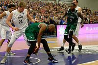 LEEK - Basketbal, Donar - Le Portel, Europe Cup, seizoen 2017-2018, 18-10-2017,  Donar speler Evan Bruinsma in duel met Le Portel speler Robert Golden