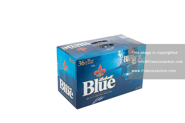 A pack of 36 355ml cans of Blue Labatt (Labatt Bleue) beer is pictured over a pure white background.