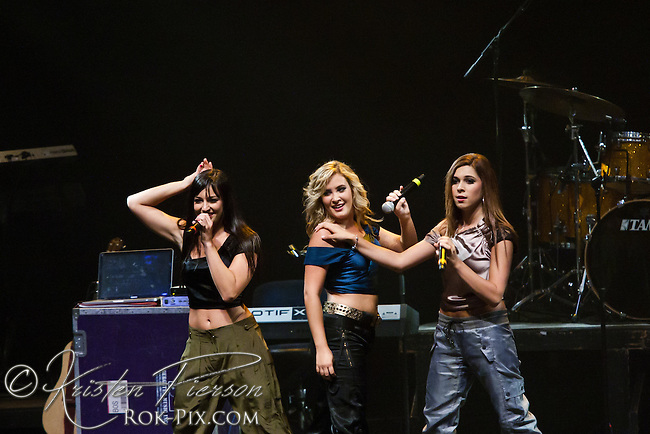 """The Varsity Girls perform at the Zeiterion Theater for the Fun 107 """"Girls Night Out"""" concert on August 20, 2011"""