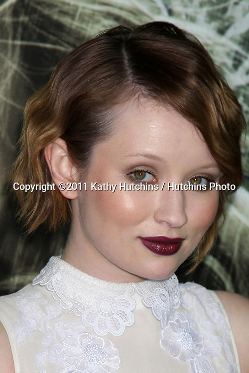 """LOS ANGELES - MAR 23:  Emily Browning arriving at the """"Sucker Punch"""" Movie Premiere at Graumans Chinese Theater on March 23, 2011 in Los Angeles, CA"""