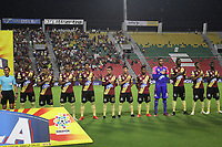 IBAGUÉ- COLOMBIA,13-05-2019:Formación del Deportes Tolima ante el Deportivo Cali durante el primer  partido de los cuadrangulares finales de la Liga Águila I 2019 jugado en el estadio Manuel Murillo Toro de la ciudad de Ibagué. / Deportes Tolima players line up for a team photo  during the firts match for the quarter finals B of the Liga Aguila I 2019 match between Deportes Tolima and Deportivo Cali  played at the Manuel Murillo Toro stadium in Ibague city. Photo: VizzorImage / Felipe Caicedo / Staff