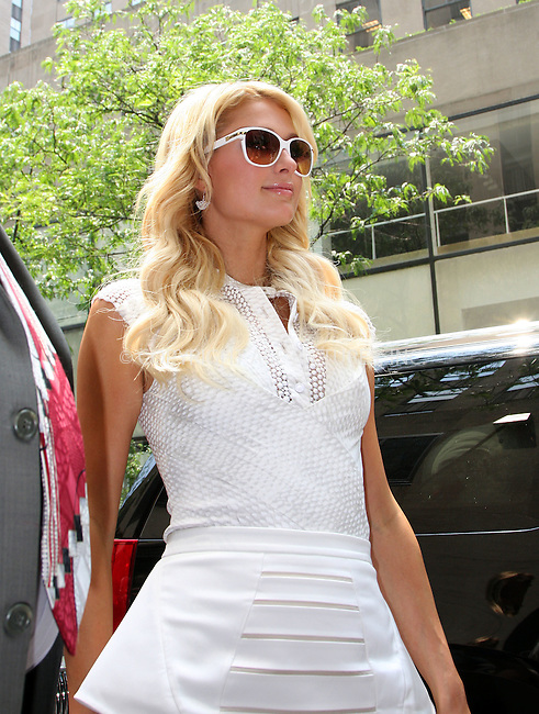 WWW.ACEPIXS.COM . . . . .  ....June 1 2011, New York City....Paris Hilton seen out in Midtown Manhattan on June 1 2011 in New York City....Please byline: CURTIS MEANS - ACE PICTURES.... *** ***..Ace Pictures, Inc:  ..Philip Vaughan (212) 243-8787 or (646) 679 0430..e-mail: info@acepixs.com..web: http://www.acepixs.com